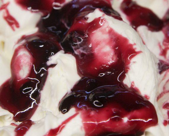 Gelato gusto variegato Cherry